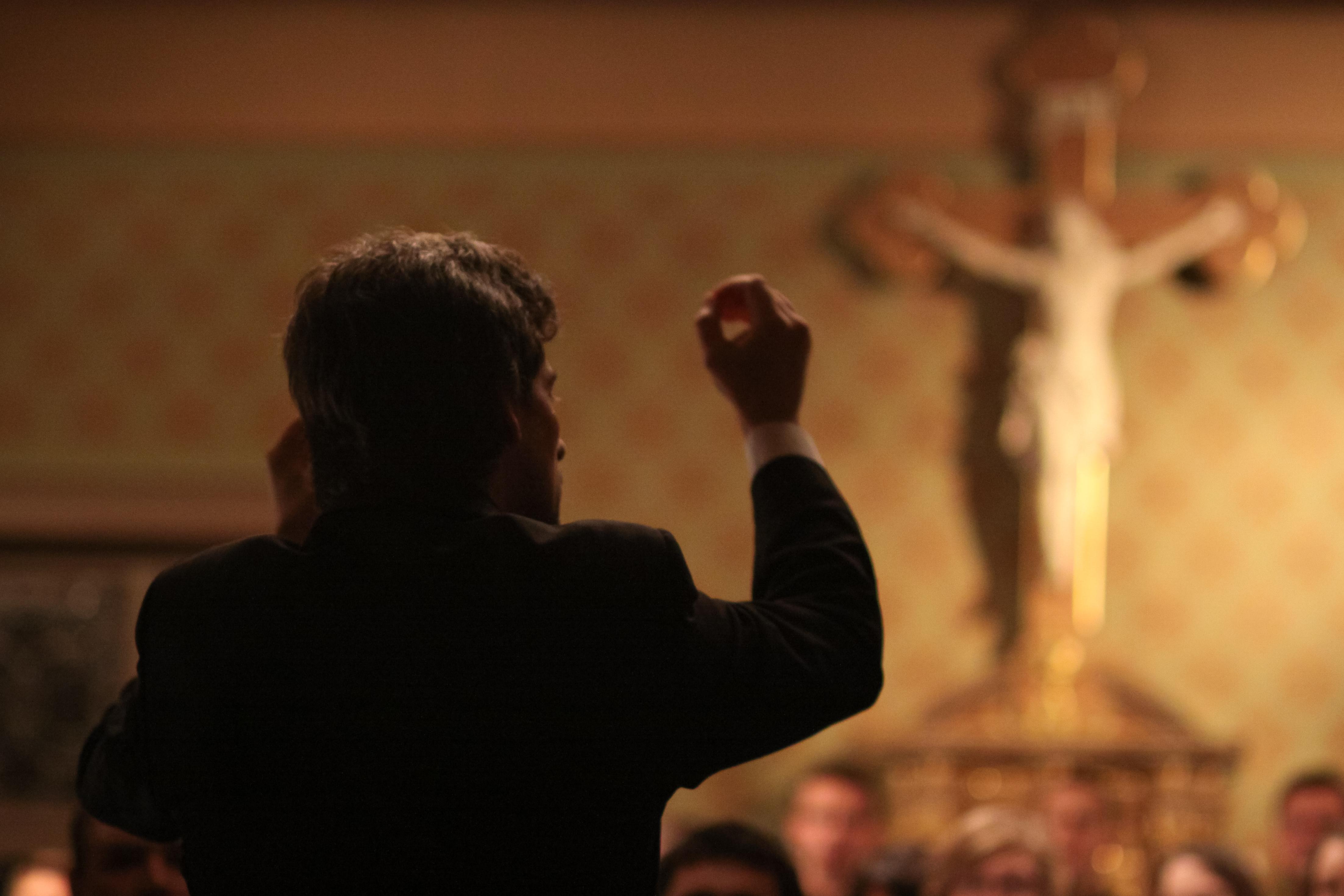 Dirigent mit Kruzifix, 2008